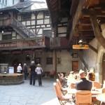 Innenhof der Schattenburg