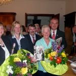 Die Autoren Sybille Kopp, Heinz Frey, Margret Meier und Peter Schmidt zusammen mit der ehemaligen Kulturamtsleiterin Brigitte Rieger-Benkel.